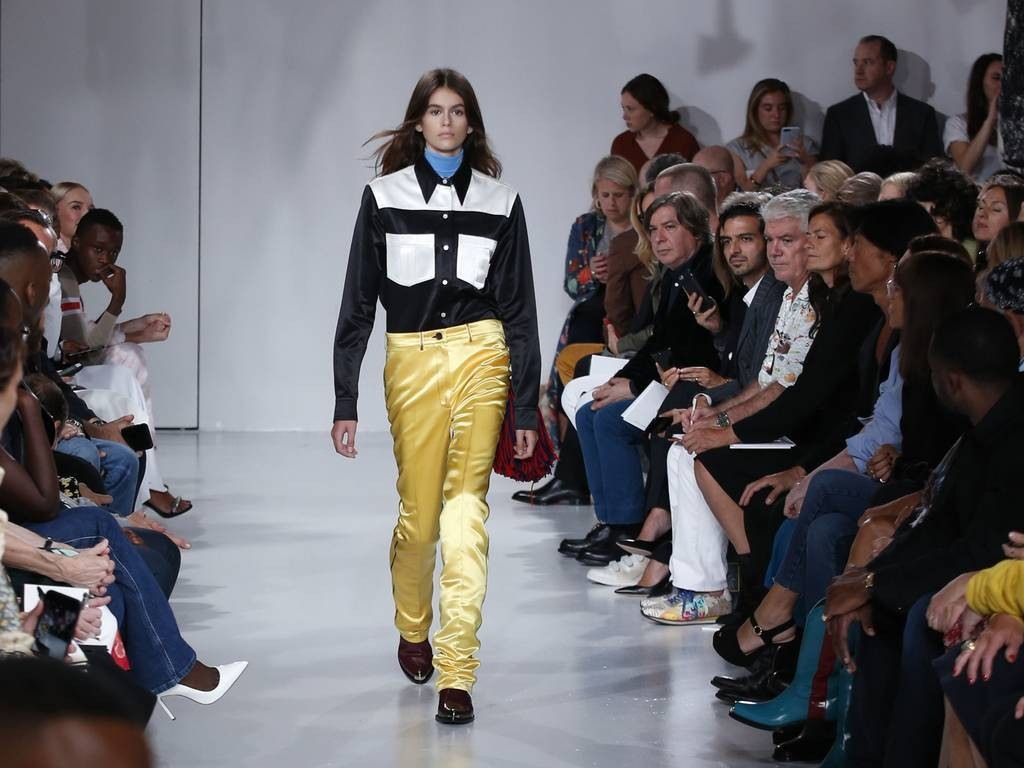 fashion-week-flash-news-Kaia-Gerber 00