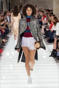 louis-vuitton-ss18-outfit-2-vogparty