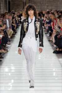 louis-vuitton-ss18-outfit-6-vogparty